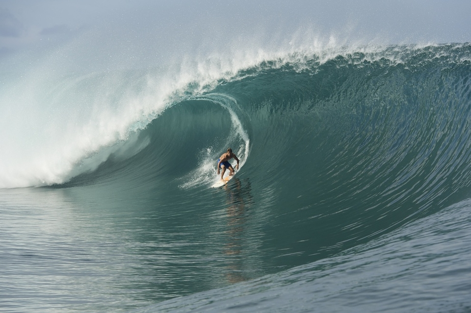 Dean Bowen had been competing at the pro-junior event in the Tuamotu and decided to stay a little longer in Tahiti to catch the big swell.