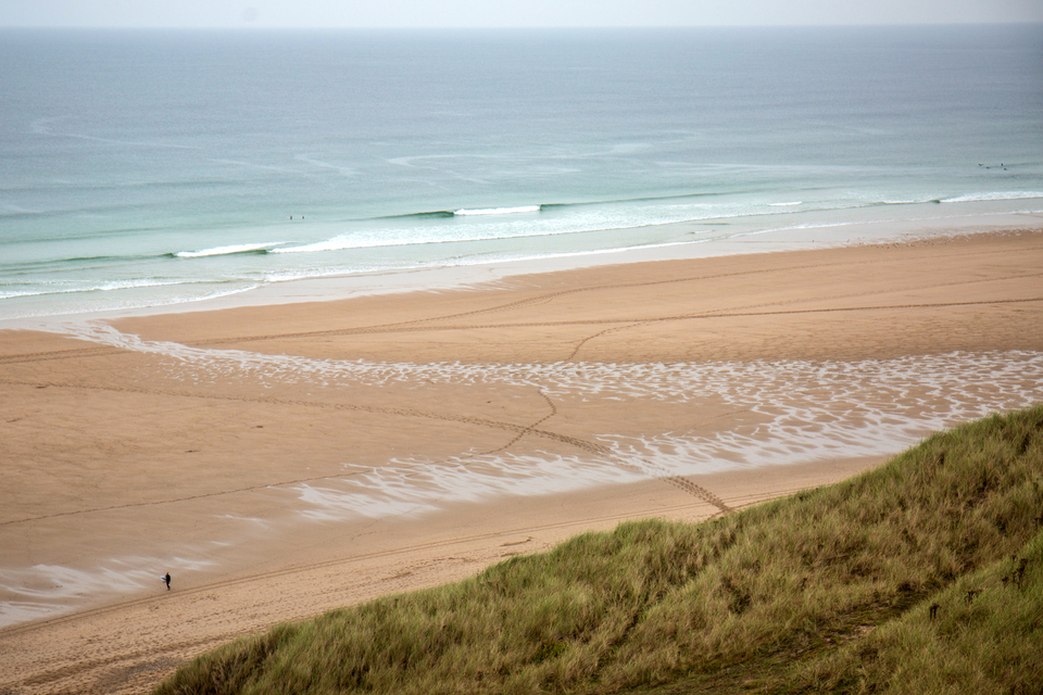 The first sightings of Larry in Cornwall. Clean, small, but highly surfable. This built throughout Monday.