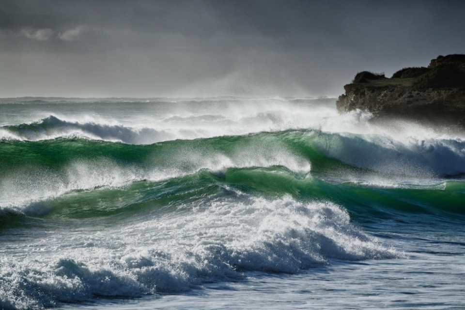 The majority of surfable swells in Sardinia are accompanied with a wind, and lots of it.
