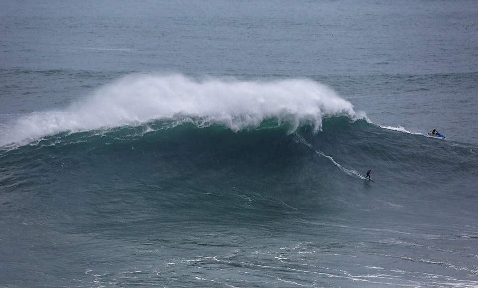 Andrey's a regular when Nazare hits the X-XXL scale.