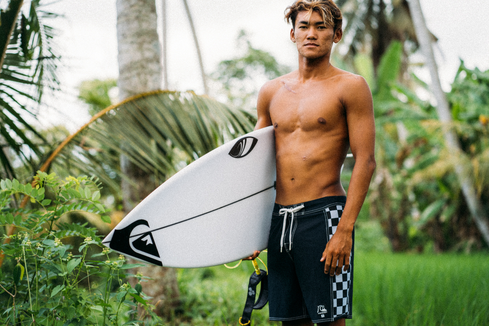 At 16-years-old, Rio won Quiksilver's Young Guns competition, the first Indonesian to do so.