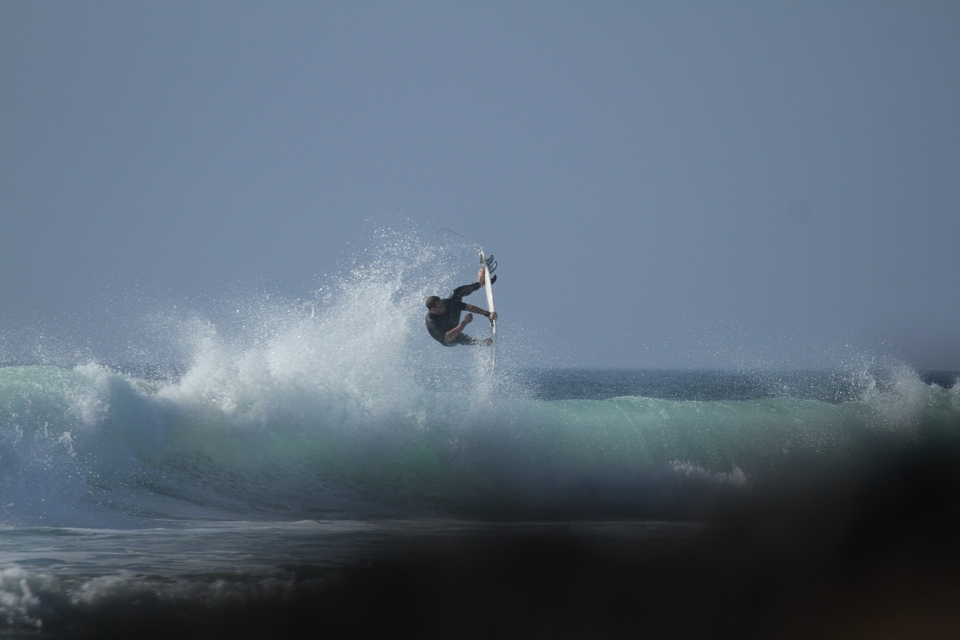The somewhat uber-frothed Harry Timson won't let funky conditions mar a run of swell. No, sir.