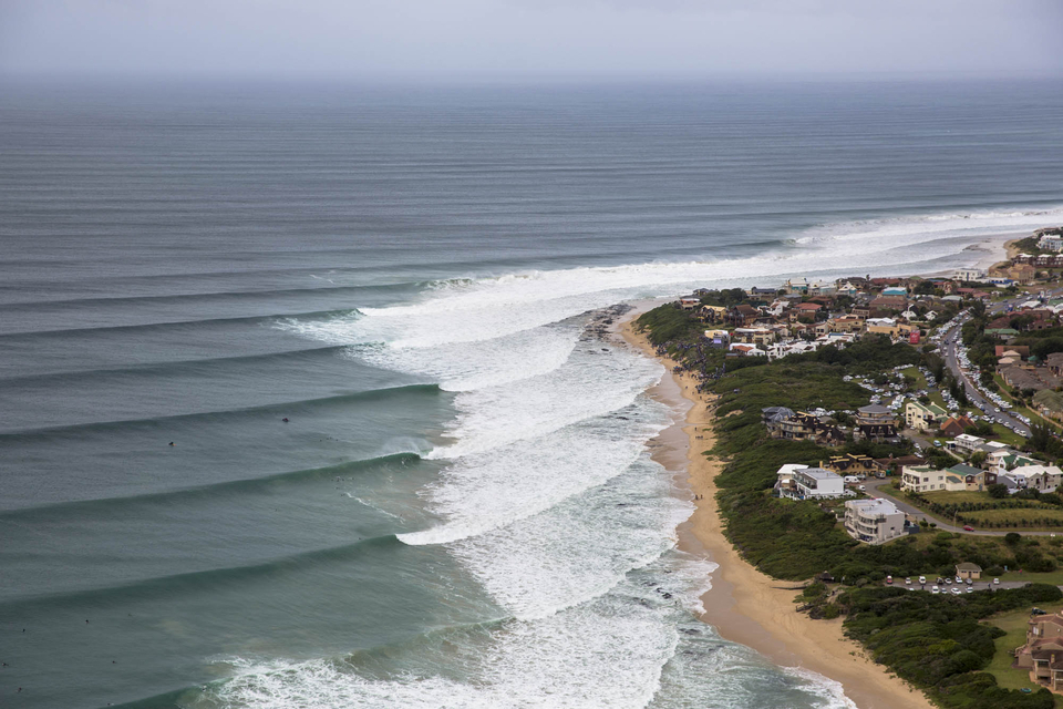 Keyhole at JBay takes years of experience to find and even then, visiting surfers who may have surfed it for decades, still need to ask the locals where it is.
