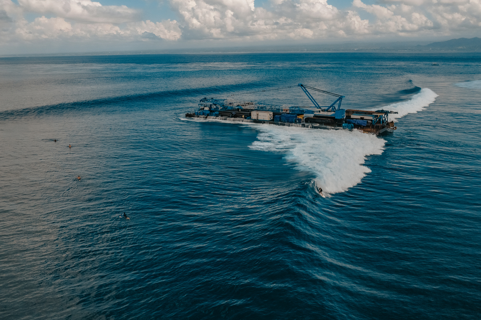 """With the barge settled in the same groove on the reef as the shipwreck before it, the return of the original """"Shipwrecks"""" wave, named by Australian Bob Brown in 1974, is like a time travel experience."""