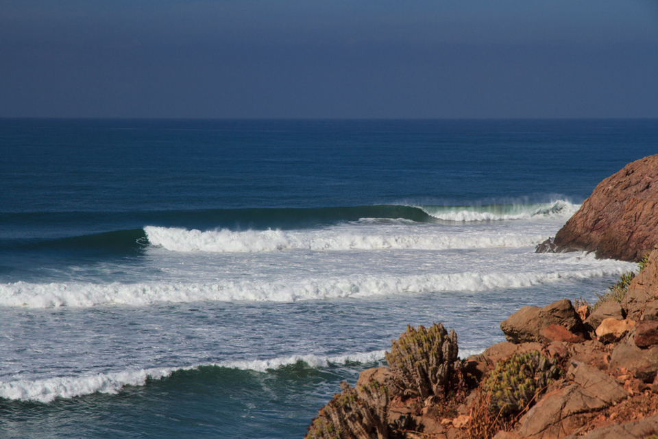 Triple overhead sets wrap into yet another deserted point.