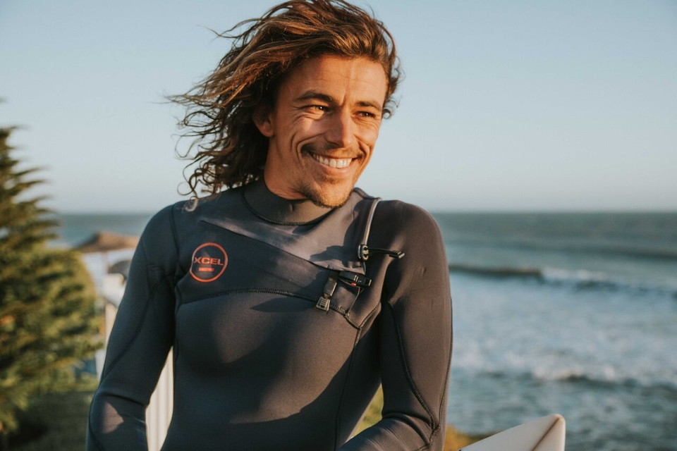 Honestly, Edouard, no-one looks this good in a wetsuit...