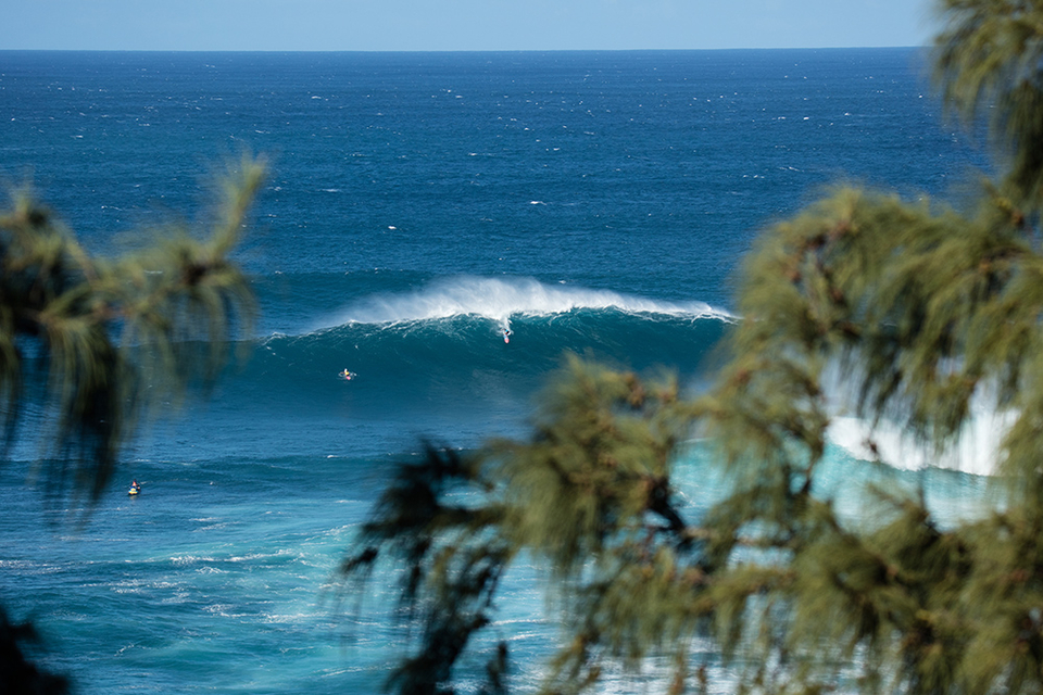 Peahi from distance doesn't look any less intimidating.